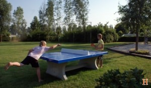 betonnen-tafeltennistafel-blauw-t
